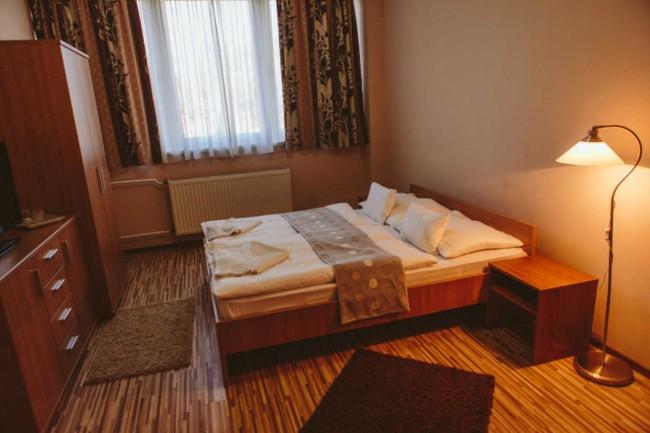 Vasvirág Hotel, Celldömölk