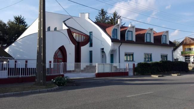 5 Géniusz Gyógyító Ház, Bük