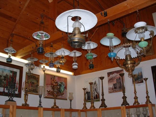 Lámpamúzeum, Zsámbék