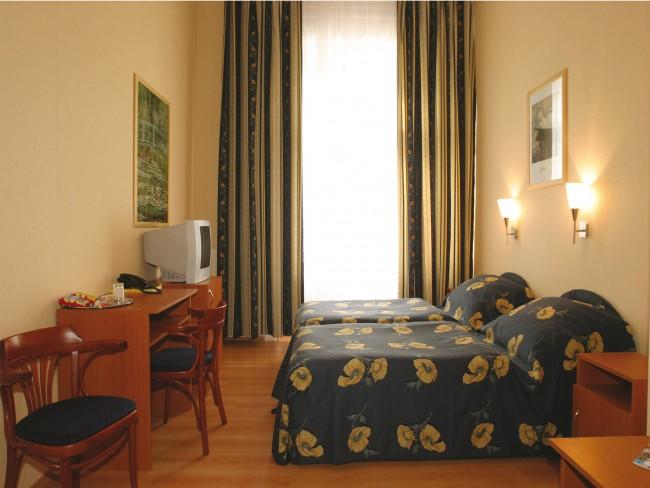 Hotel Swing City Budapest ***, BUDAPEST (IX. kerület)