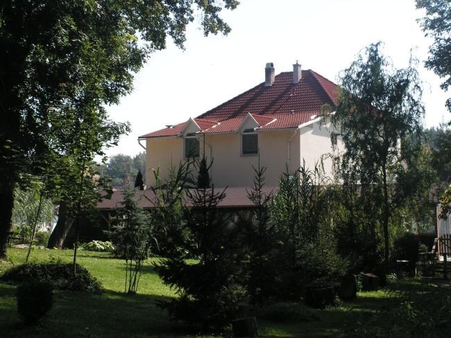 Park Panzió és Étterem, Hédervár