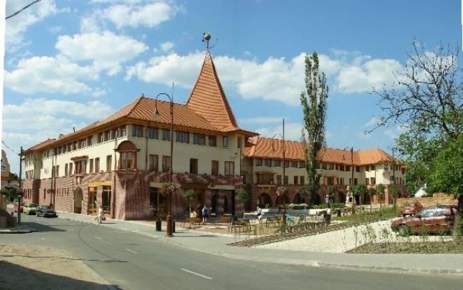 Váci Mihály Művelődési Ház, Veresegyház