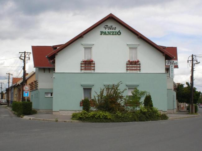 Polus Pension***, Sopron