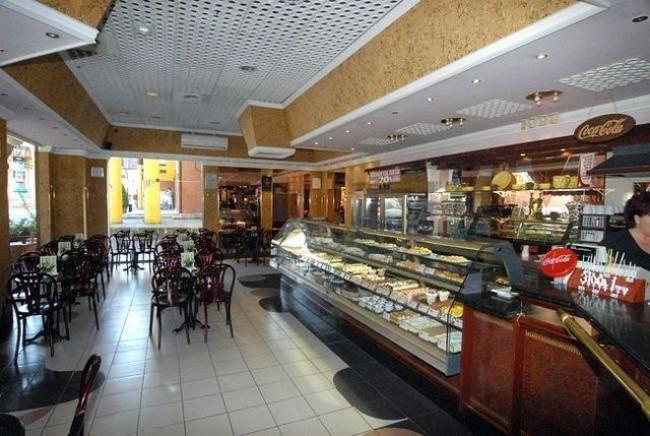 Gara Kávézó, Cukrászda, Debrecen
