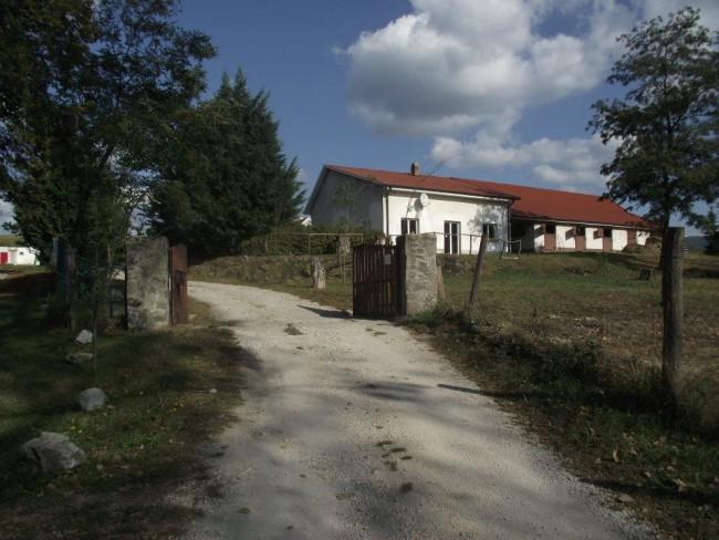 Sátorkőpuszta  Lovasiskola, Esztergom (Kertváros)