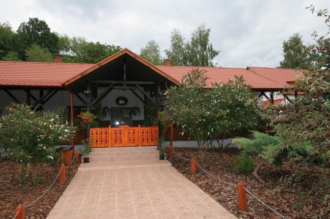 Mátyus Lovas Udvarház, Eger