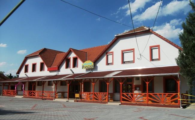 Sólyom Hotel - Jászberény, Jászberény