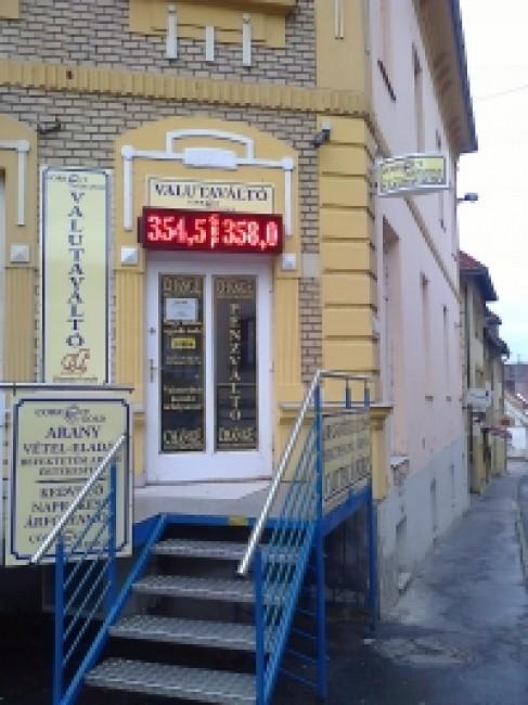 Ciklámen Tourist, Veszprém