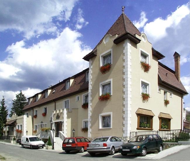 Kikelet Club Hotel, Miskolc (Miskolctapolca)