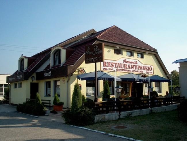 Romantik Panzió Étterem, Tatabánya