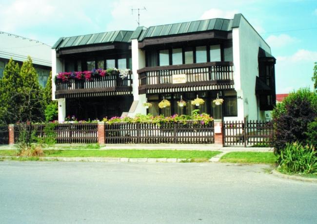 Florentina Apartmanház, Gyula