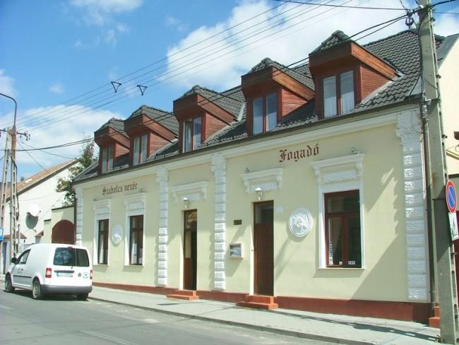 Szabolcs Vezér Fogadó, Pécs