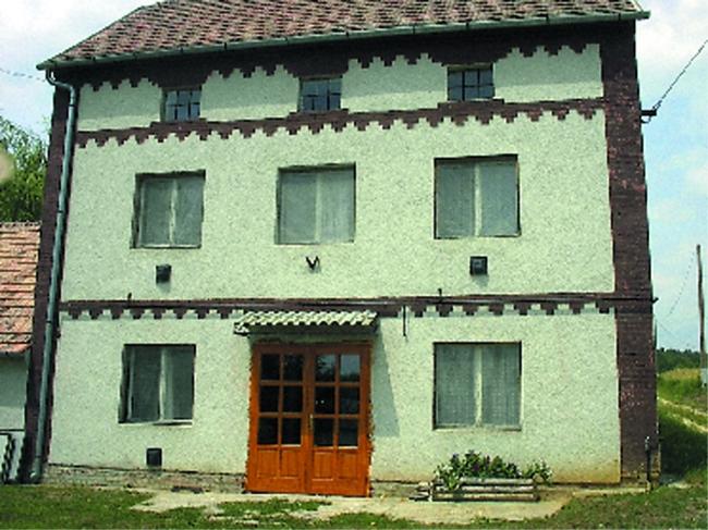 Malom Kulcsosház                                                                                                                                      , Becsvölgye