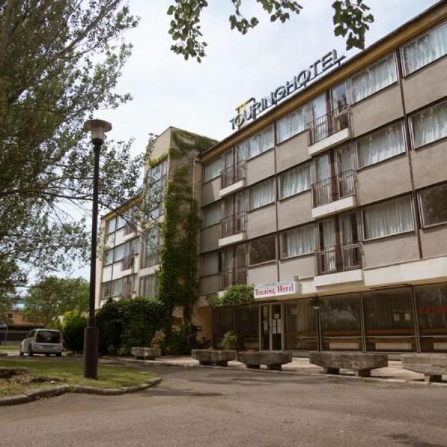 Touring Hotel, Gárdony (Agárd)