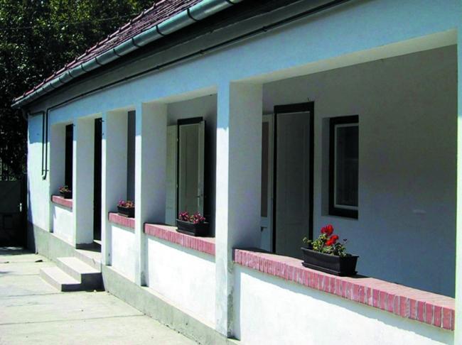 Vendégház és Táborhely, Örkény