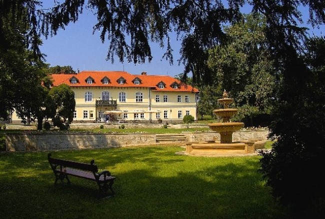 Gróf Degenfeld Kastélyszálló, Tarcal