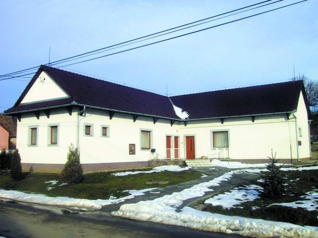 Kölyök-Fészek Erdei Iskola és Szálló                                                                                                                  , Alsómocsolád