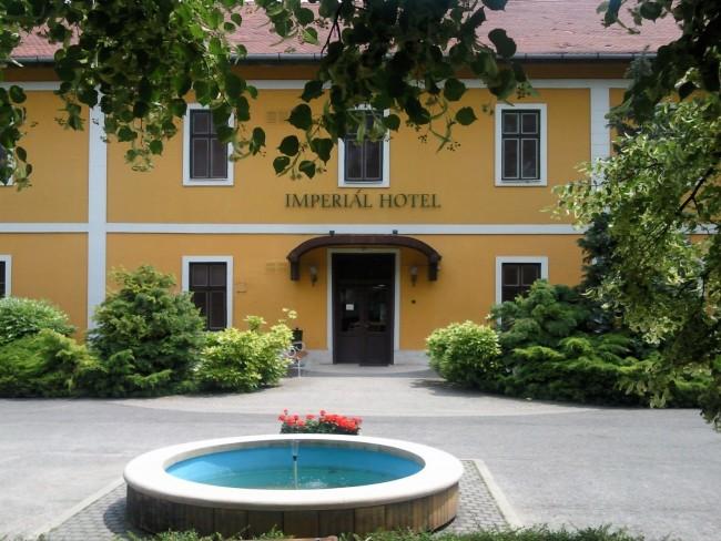 Hotel Imperial, Bábolna