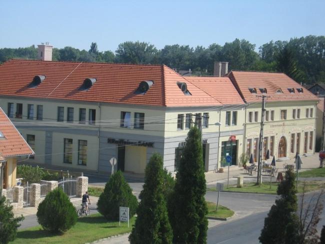 Rábensteiner Panzió, Apartman és Kávézó - Fertőd, Fertőd