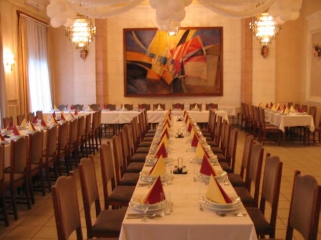 Party Étterem és Grill Terasz, Békéscsaba