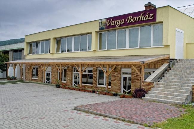 Varga Borház, Csopak