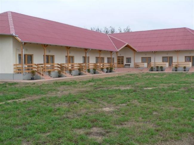 Ceglédi Erdei Iskola és Diáktábor, Cegléd