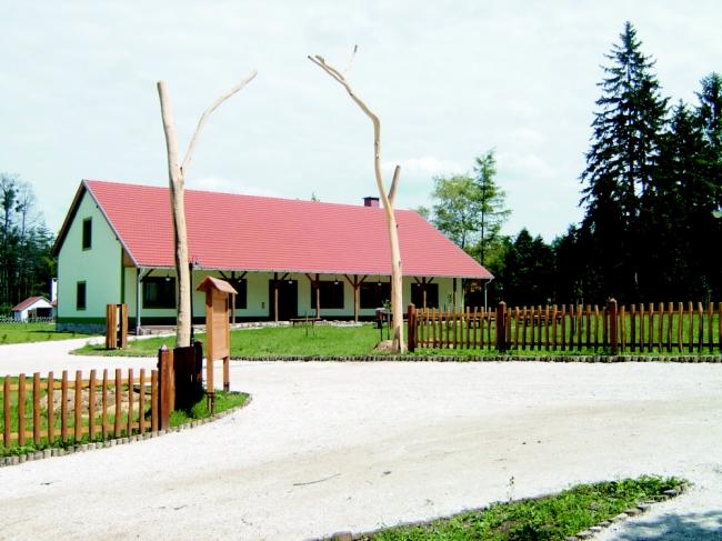 Balaton-felvidéki Erdei Iskola, Balatoncsicsó
