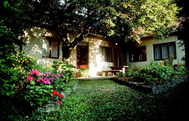 Bakonybéli Erdészet Somhegyi Vadászháza, Bakonybél