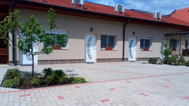 Borostyán Vendégház, Eger