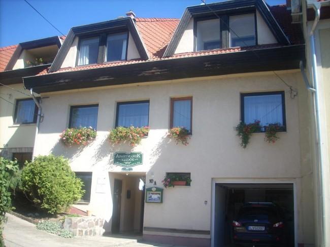 Mekcsey Apartmanház, Eger