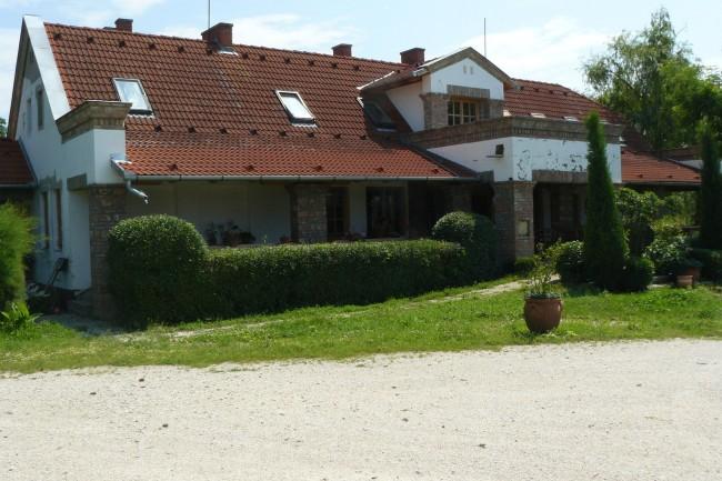 Légli Major Udvarház, Balatonboglár (Szőlőskislak)
