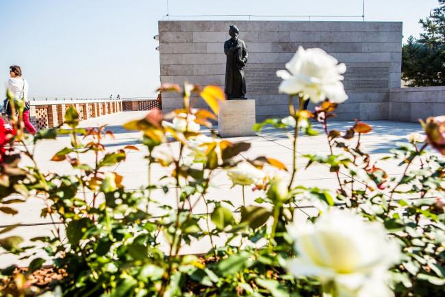 Gül Baba Türbe és Rózsakert - Gül Baba Kulturális Központ és Kiállítóhely, BUDAPEST (II. kerület)