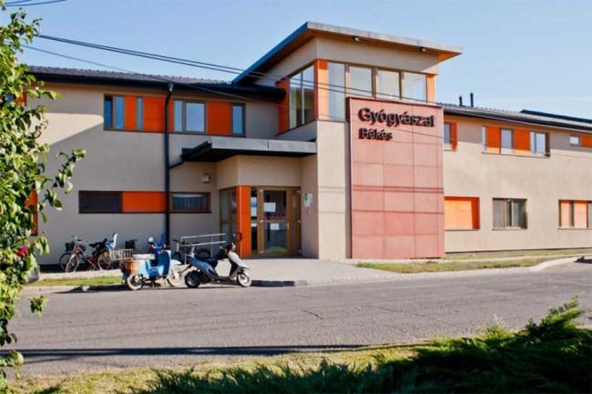 Békési Gyógyászati Központ és Gyógyfürdő, Békés