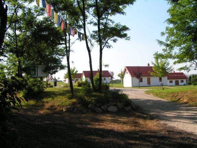 Rabten Tashi-Ling - Tibeti Kulturális Központ Szálláshelye, Balatonkeresztúr