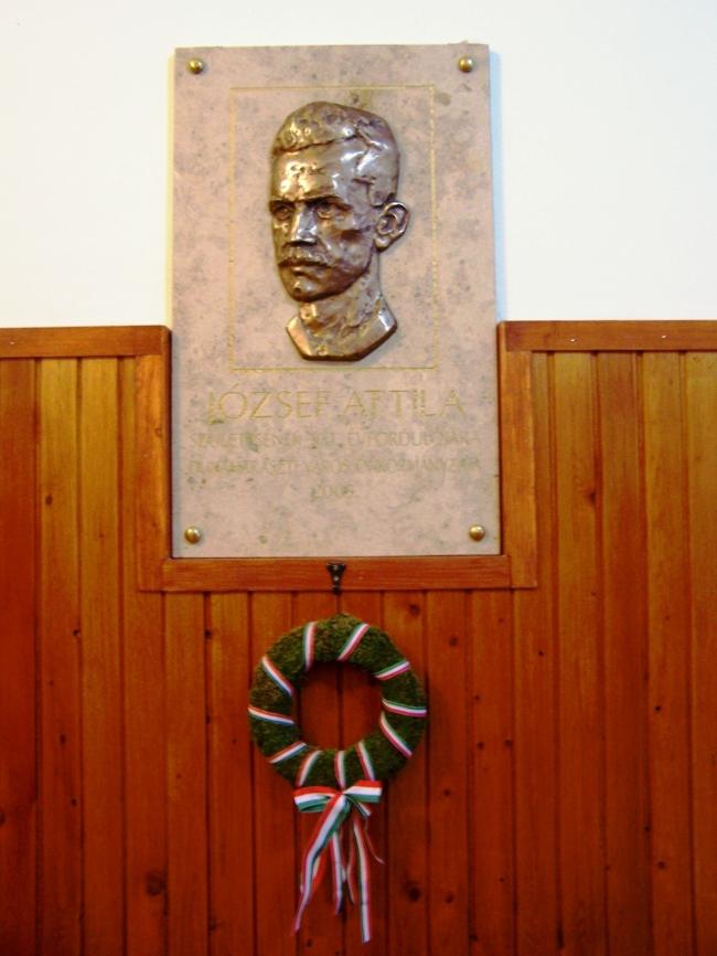 József Attila Művelődési ház                                                                                                                          , Dunaharaszti