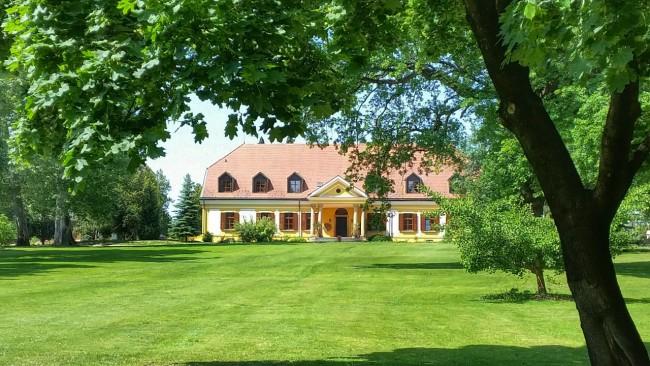 European Lakes Golf & Country Club, Hencse