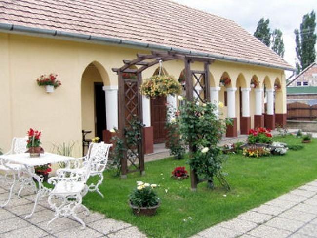 Viktória vendégház, Bélapátfalva
