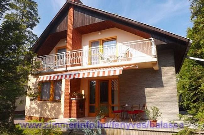 Balassa Nyaralóház, Balatonfenyves