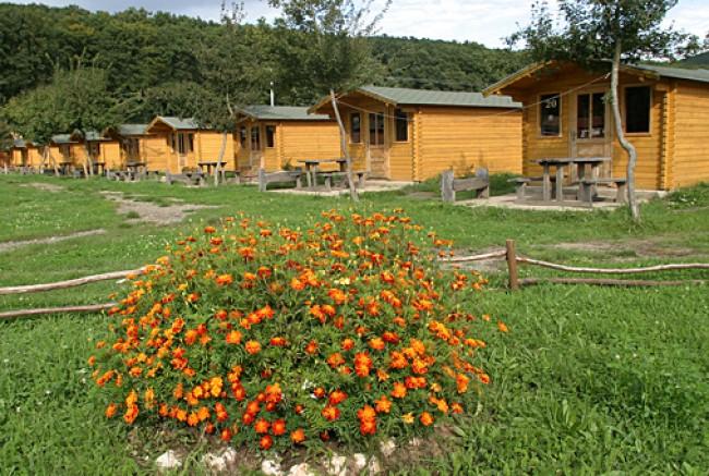 Csattogó-völgyi Üdülőházak, Verőce
