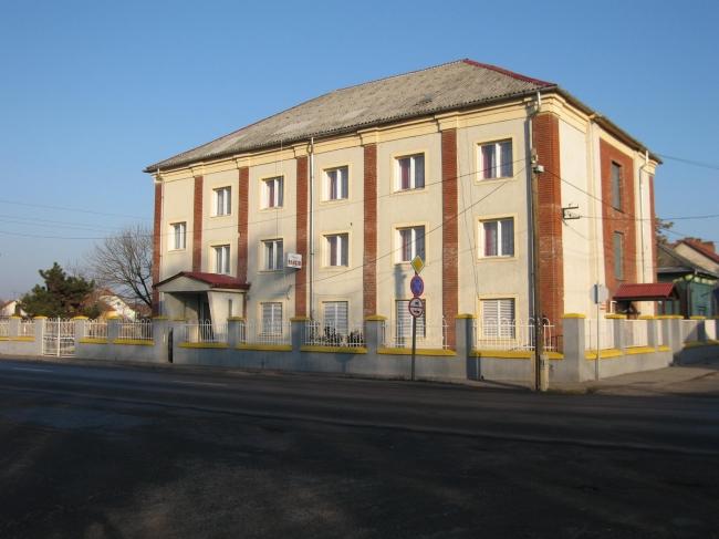 Harica Apartmanház, Sajószentpéter