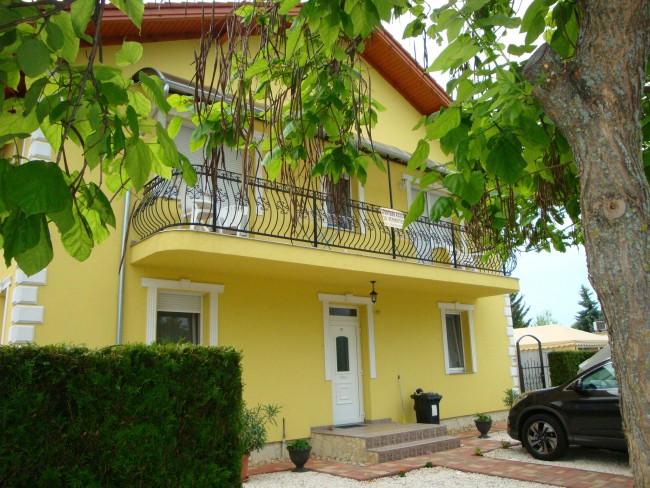 Yellow Apartman, Bük (Bükfürdő)