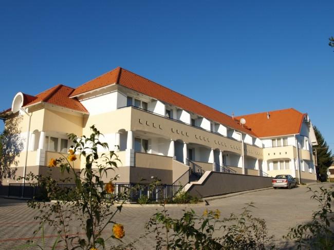 Triász Aparthotel – Kehidakustány, Kehidakustány