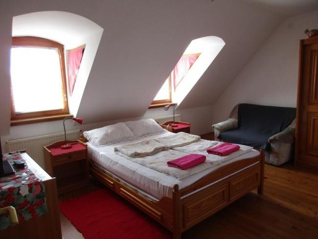 Királyszéke Apartman, Eger
