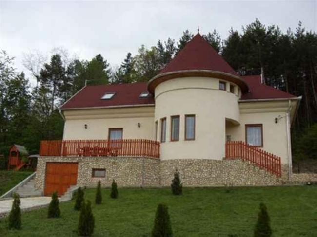 Csecse-Becse Vendégház, Telkibánya