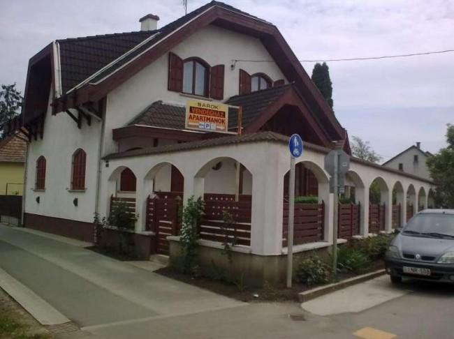 Sarok Vendégház, Nádudvar