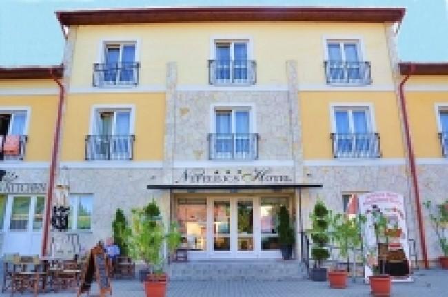 Nefelejcs Hotel***Superior, Mezőkövesd (Zsóryfürdő)