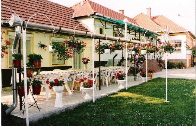 Szuzi Apartmanház                                                                                                                                     , Bogács