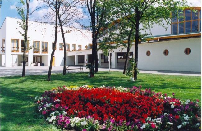 Sportcentrum                                                                                                                                          , Tiszaújváros