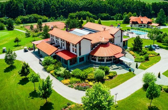 Forest Hills Biohotel & Golf, Zirc
