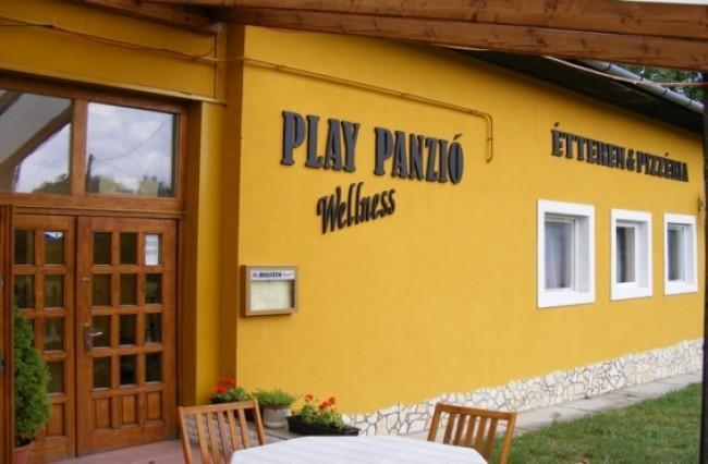 Play Panzió Wellness és Vendégházak, Diósjenő